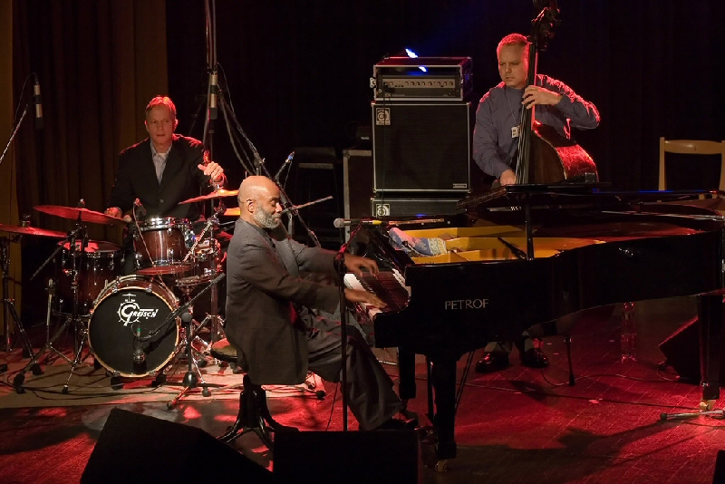 Pete with Johnny O'Neal Trio in Czech Republic